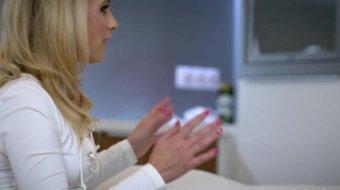 Beautiful blonde Vienna Reed licks anus