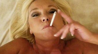 Smoking Sex Till She Gets a Facial
