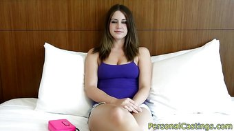 Bigtits casting amateur shakes her ass