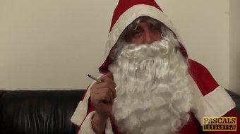 UK subslut hammered and fed with jizz by maledom Santa