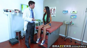Brazzers - Doctor Adventures - Trinity StClair Mick Blue - H