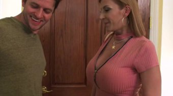 Man came to busty Sara Jay for fucking