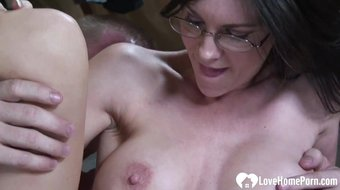 Hottie with glasses gets a hard rod.mp4