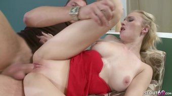 18 yr OLD BLOND TEEN GET FIRST TIME CASTING FUCK AND FACIAL