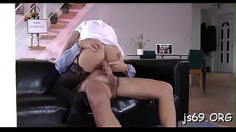 Appetizing first timer Felicia gets nailed nicely