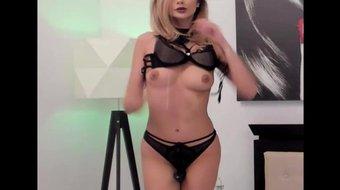 Live Cam Show 08 - Beautiful Girl - Striptease -masturbation