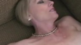 Hot Slut Amateur GILF Wife
