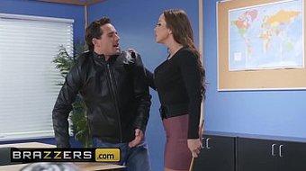 Big Tits at School - (Abigail Mac, Tyler Nixon) - A Dose of Dirty Discipline - Brazzers