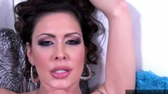 Hot MILF Jessica Jaymes Strip down and Masturbate just for you