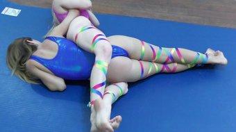 Re-teaching the Leg Scissors with Monroe & Callisto!